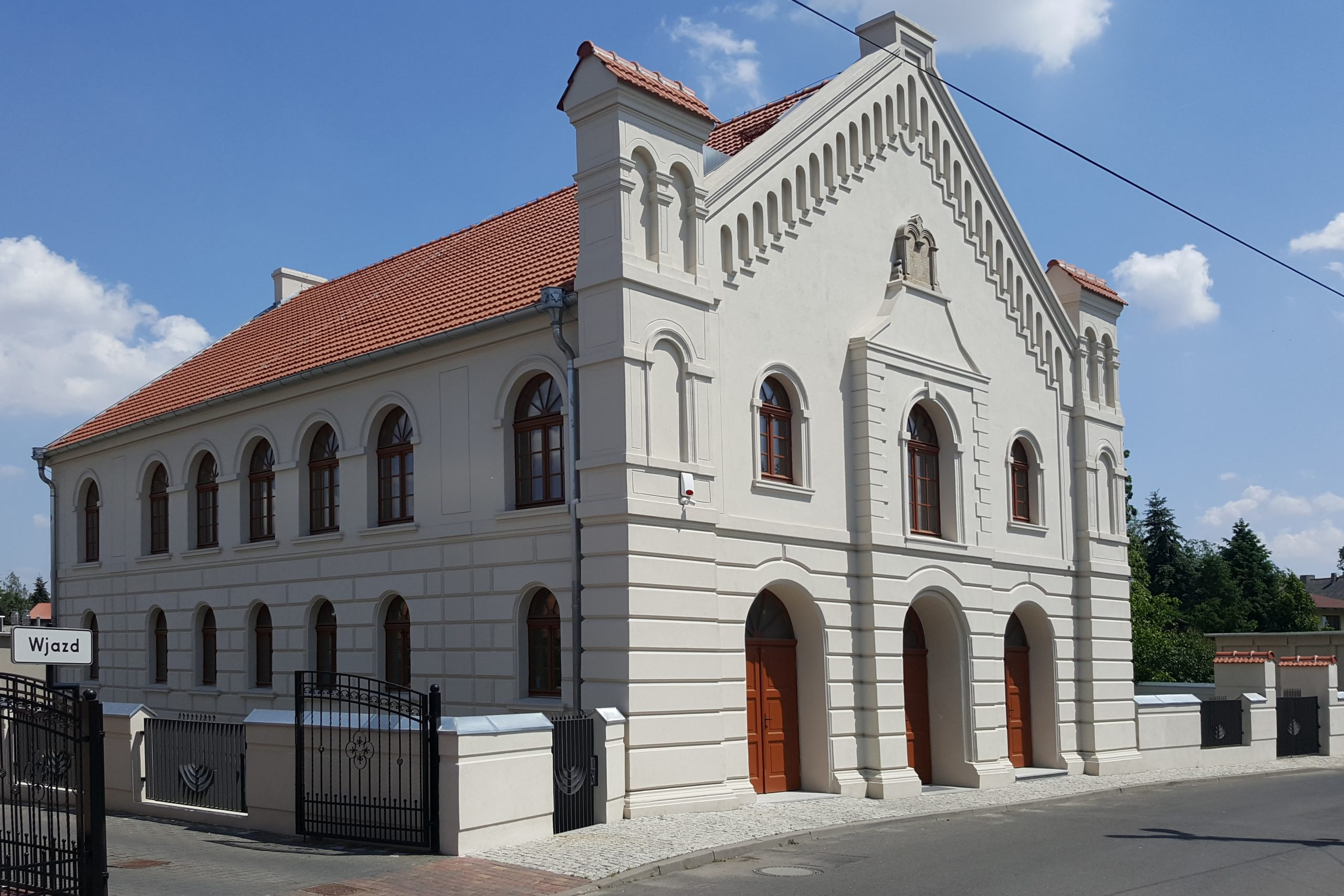 Synagoga w Buku